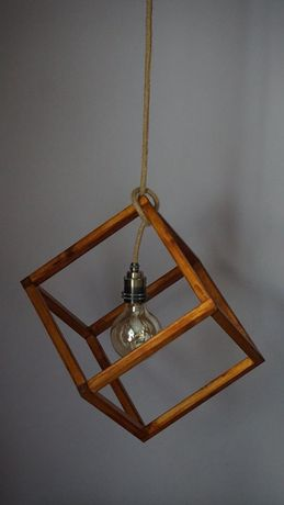Pendul lemn, tip cub, lucrat manual