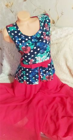 Новое платье с баской алое в пол