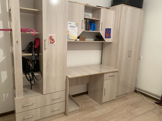 шкаф в очень хорошем состоянии