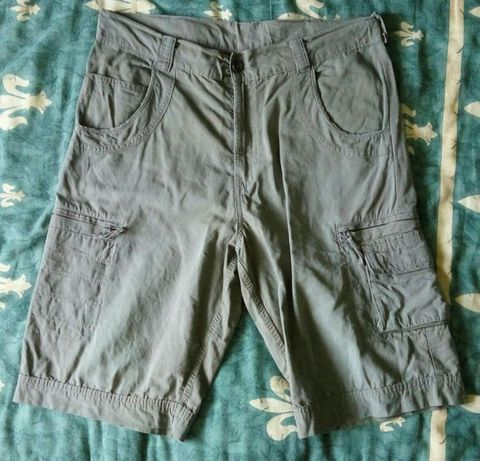 Pantaloni scurti barbati WRANGLER, verzi/kaki, bumbac, L, W36