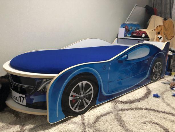Кровать машинка с подстаеткой+ камаз парковка