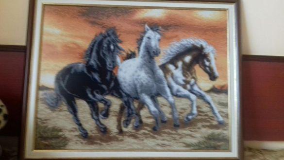 Гоблени Прерийни коне,Дива красота и диамантени гоблени