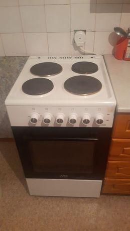 Продам плиту электрическую ARG,почти новый, купили 3месяца .