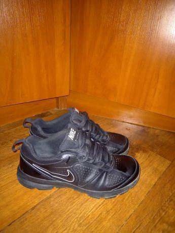Nike t   lite xi