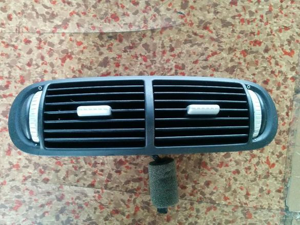 Среден Въздуховод/ Клапи Porsche Cayenne Черни Здрави