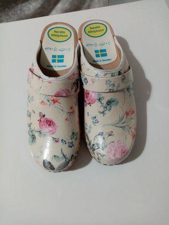 Papuci Kerstin Adolphson