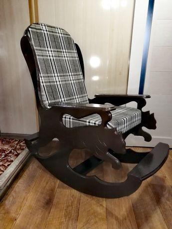 Продам кресла- качалки новые