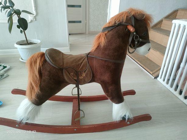 Продам  детскую качалку-лошадку