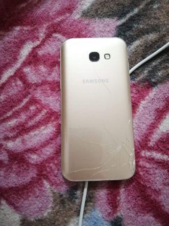 Vând sau dau la schimb Samsung A5 2017