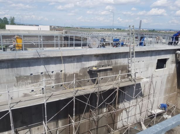 Taiat taiere decupare spart demolat beton gauri de carota perforari