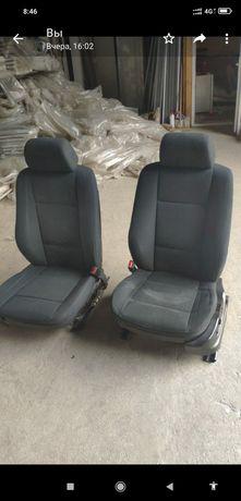 Продам сиденья БМВ Е 53, состояние среднее,все работает,цвет серый