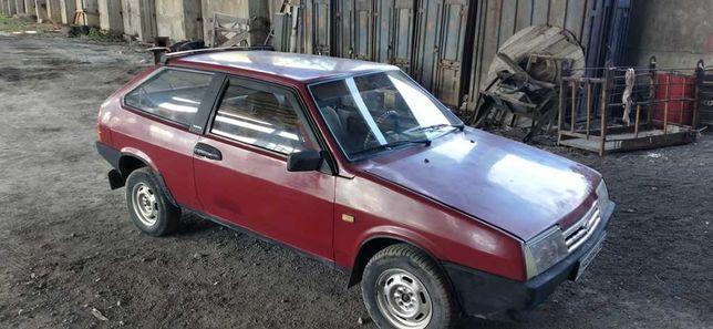 Автомашина ВАЗ 2108