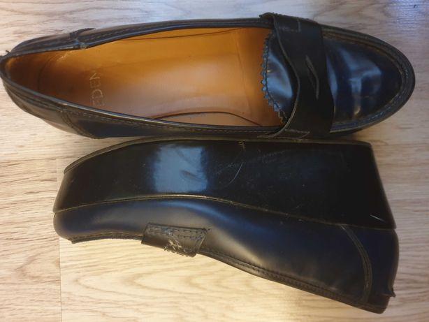 Pantofi masura 38
