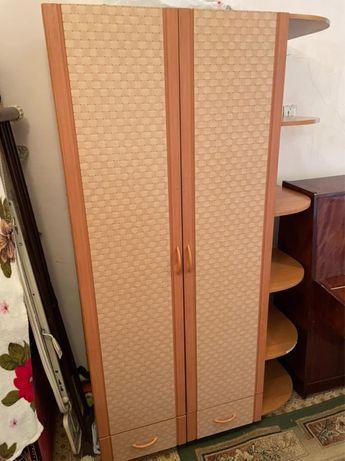 Детский шкаф с тумбочкой