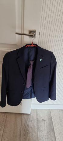 Школьный  костюм. Пиджак  и двое  брюк