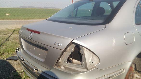 Заден капак Мерцедес Е В211 Mercedes E W211