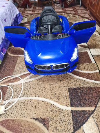 Mașina pentru copii
