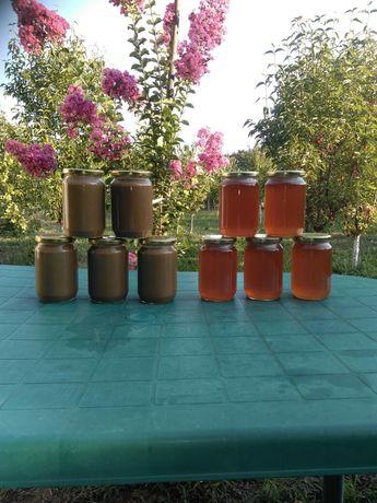 Сусамов тахан и Пчелен мед