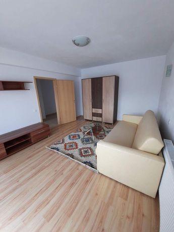 Închiriez apartament 2 camere Sanpetru Residence