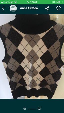 vesta tricotata, cu guler