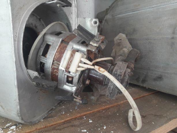 электродвигатели от стиральной машинки