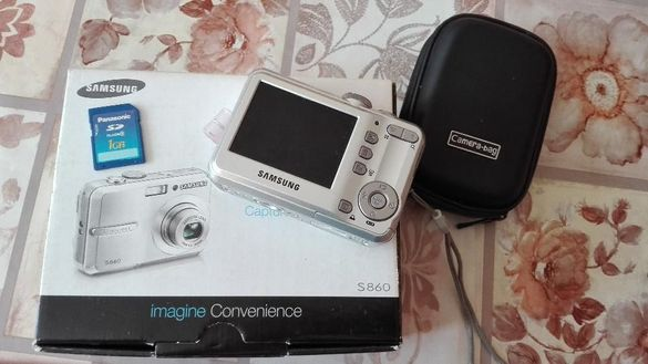 Фотоапарат SAMSUNG