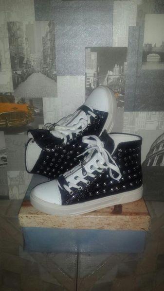 Разпродажба Спортни обувки кецове супер актуални гр. Бургас - image 1