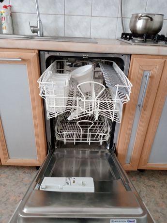 Продам новую новую посудомоечную