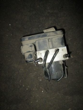 Centrala pompa modul ABS Ford FOCUS 2 motor 1,6 TDCI an 2004-2010