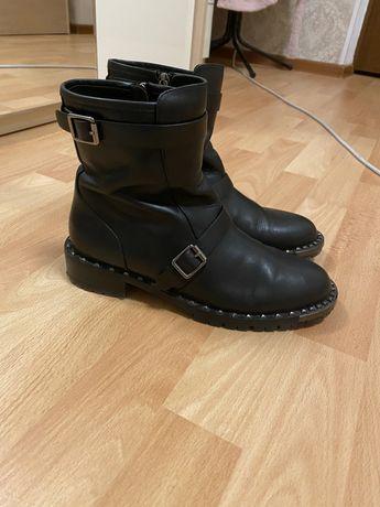 Осенние ботинки Basconi