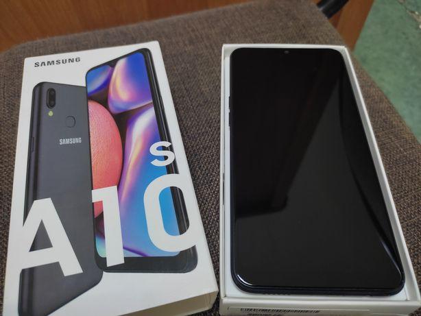 Samsung A10s в отличном состоянии, в пользовании был 4 месяца.