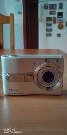 Цифрова камера SANYO