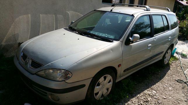 Dezmembrez Renault Megane break 2001 motor 1600 16v si berlina an 2003