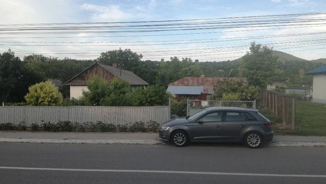 Vand casa si teren in centru sat Bestepe - ocazie