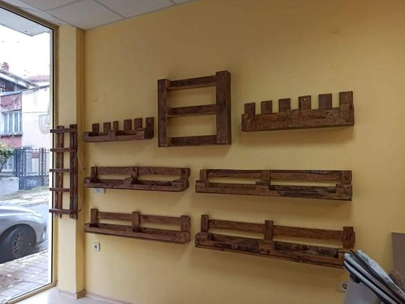 Дървени щайги, етажерки, обзавеждане за магазин