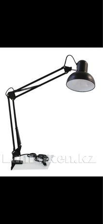Продам новую настольную лампу
