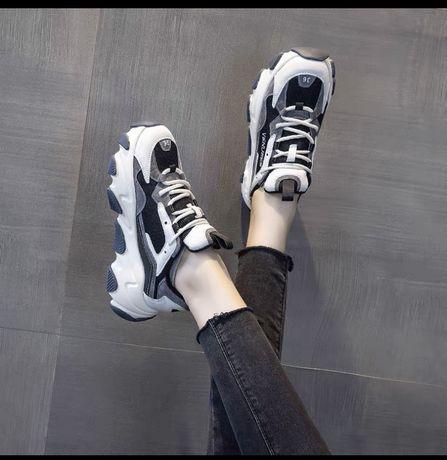 Кроссовки из Кореи