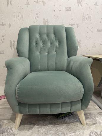 Бирюзовое кресло