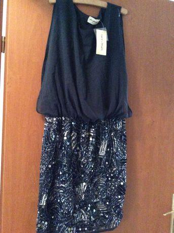 Vând rochie noua Lace&Beads