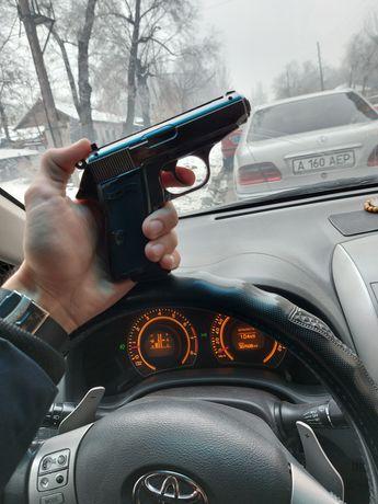 Зажигалка пистолет Вальтер 1в1 в кобуре. Газовый пистолет