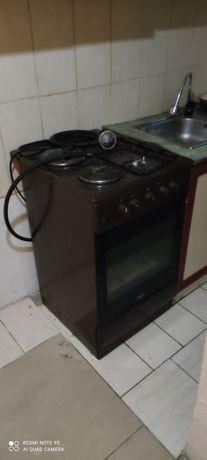 Газовая плита 50/50 газ/электрическая