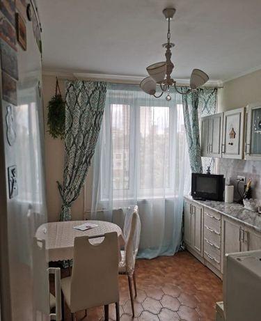 Сдам 2 ком квартиру по Богенбай батыра 100000