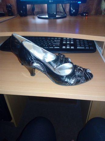 дасмки обувки