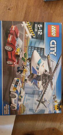 Lego CITY 60138 masina politie + masina hoț + elicopter politie