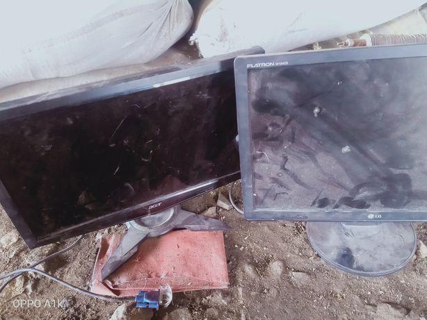 Продам 2 монитора 1 acer 2 LG 5 ты за 2 оба в рабочем состоянии