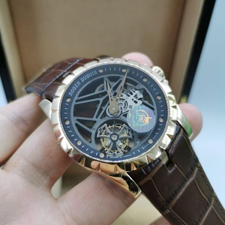 Roger Dubuis Excalibur Mens 45mm Gold Automatic