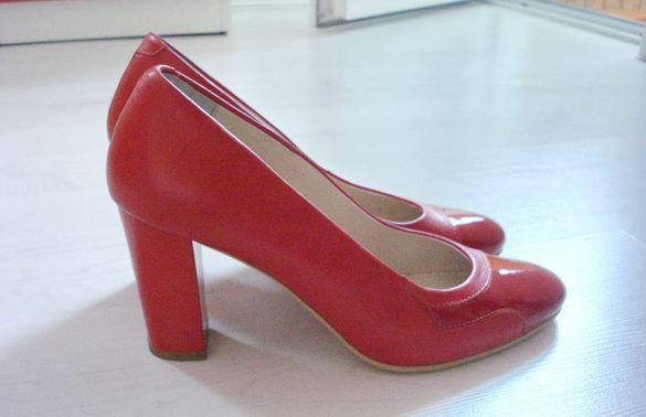 Нови обувки от ест. кожа