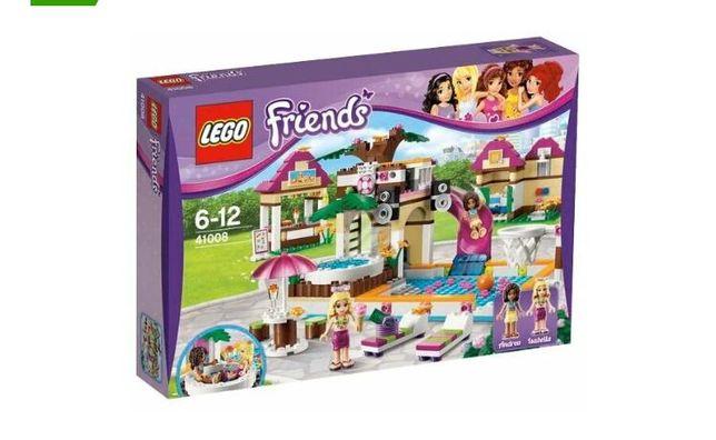 Конструктор LEGO FRIENDS городской бассейн 41008