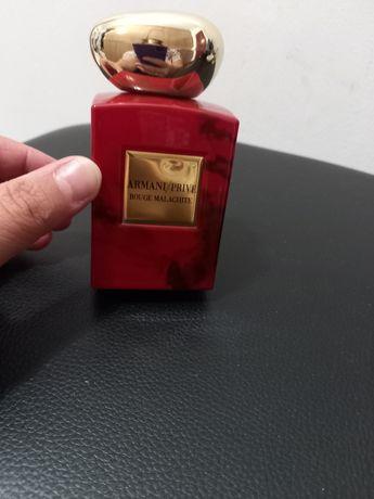 Продам парфюм Armani prive