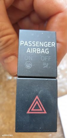 02072 Buton avarie si activare airbag pasager Skoda Octavia 3 02072 Buton avarie si activare airbag pasager Skoda Octavia 3